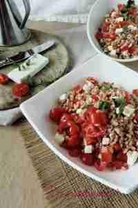 insalatiere-farro-pomodorini-feta-oliera-800x1200