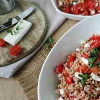 piatti-farro-pomodori-feta-800x1198