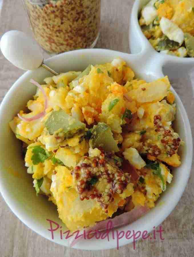 Insalata sfiziosa con uova sode e patate